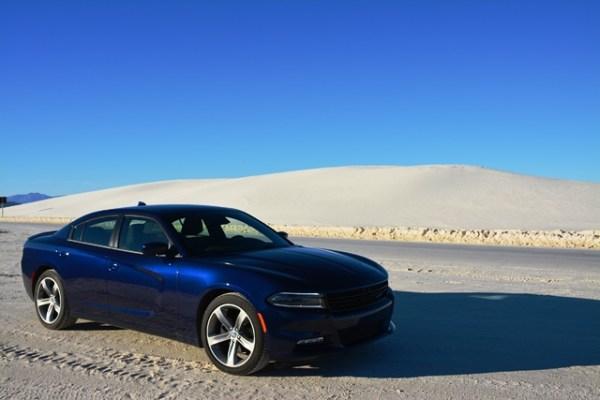 El color del Charger combinó perfectamente bien con el panorama.