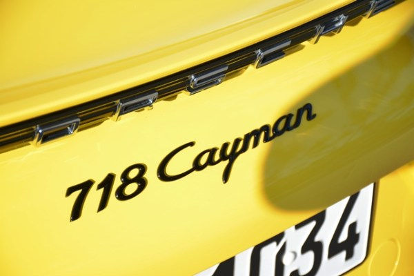 Tanto el Cayman como su hermano descapotable, el Boxster, reciben ahora el prefijo 718.