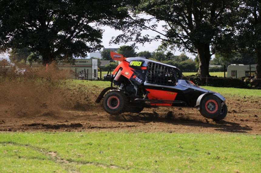 Pic 3. Kilcummin's Class 6 winner Tommy Daly Pushing hard in his Semog Buggy. Pic by Ted O'Connell repro free