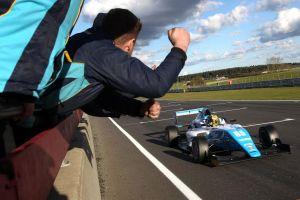 Enaam Ahmed (GBR) Douglas Motorsport