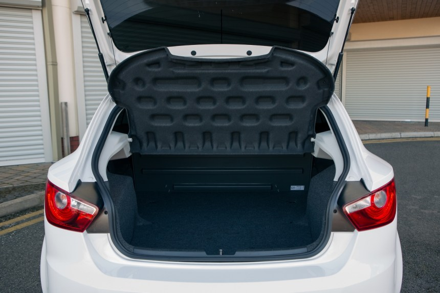 2016 Seat Ibiza Van-8 (1280x853) (1)