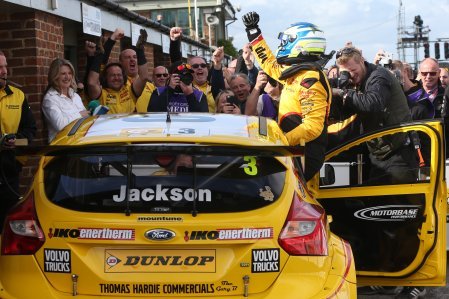 Mat Jackson (GBR) Team Shredded Wheat Racing with Duo Ford Focus