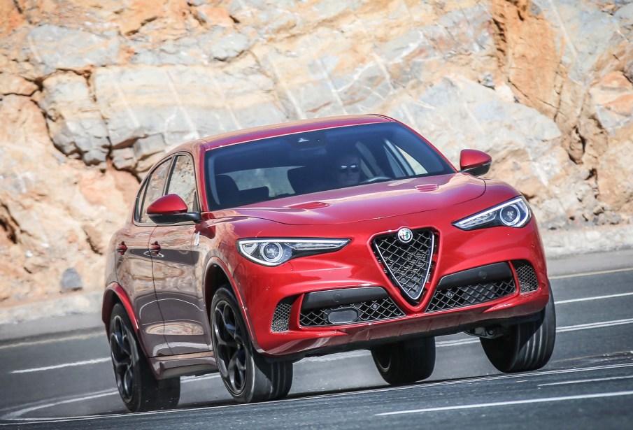 Alfa Romeo Stelvio a