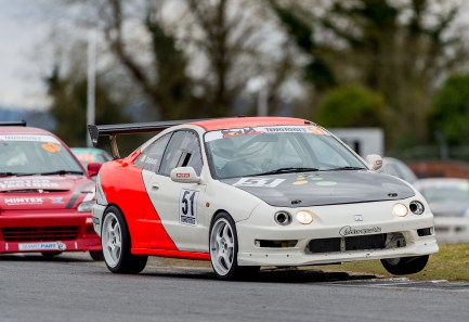 Ciaran Timmons made a winning return to the ITCC