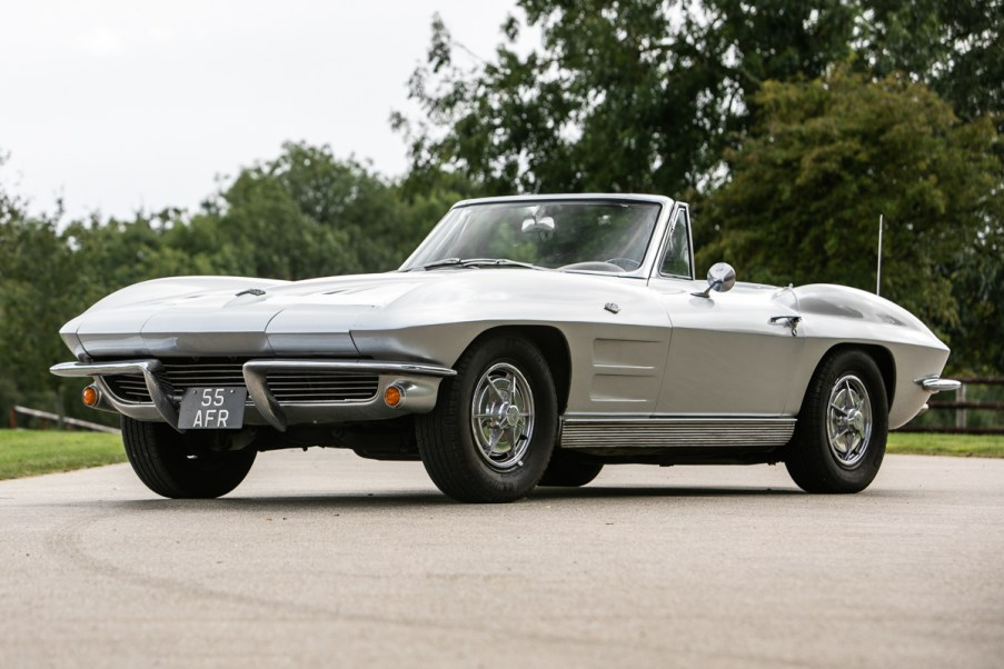 1963 Corvette Stingray (01)