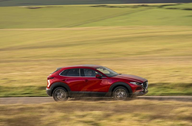 Mazda CX-30 c