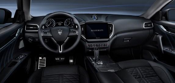 17_Maserati_Ghibli_Hybrid
