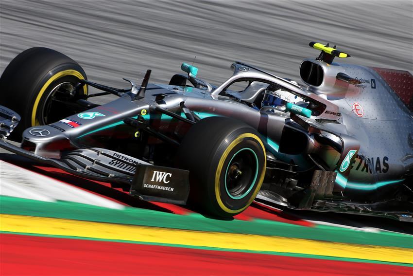 Formula 1 notizie mercedes è allarme surriscadalmento