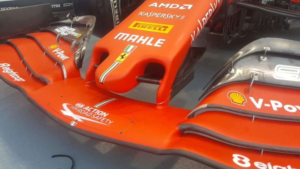 f1 mantello ferrari sf1000