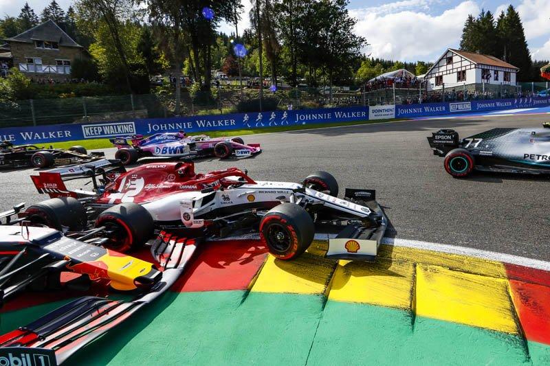 f1 video crash verstappen raikkonen partenza gp belgio