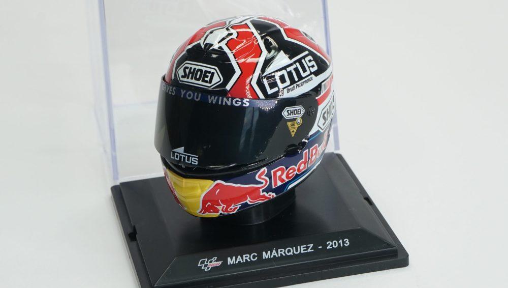 modellino casco marc marquez