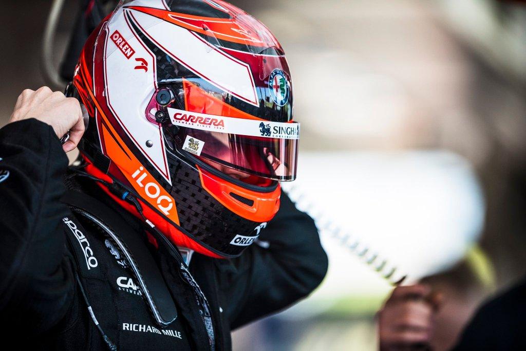 kimi raikkonen casco f1 2020