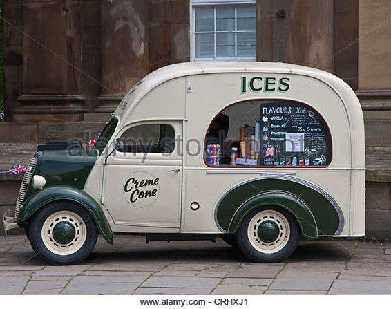 old-ice-cream-van-crhxj1