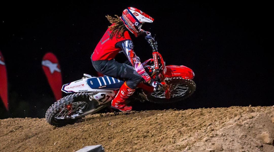 191020 Malcom is back! After a tough injury that ended his 2019 Supercross season at round 2