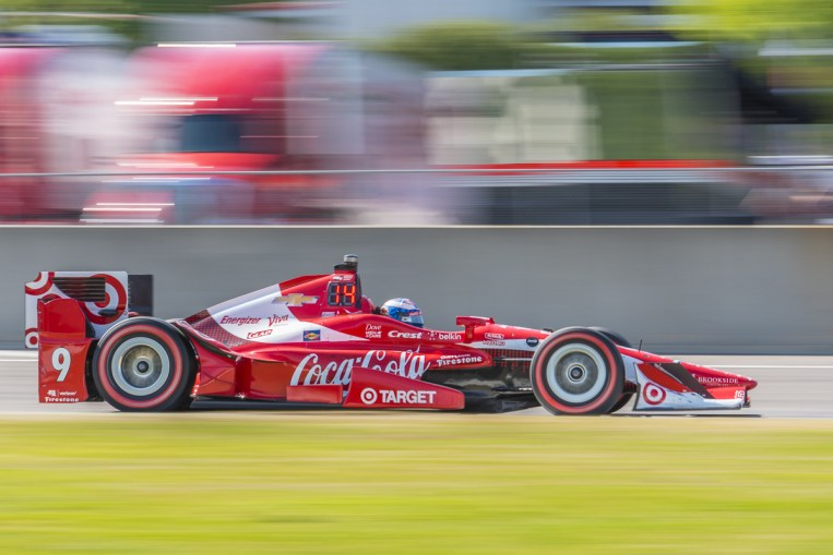 Scott Dixon (9) flying out of turn 17 during the Honda Grand Prix of Alabama at Barber Motorsports Park, , Sunday, April 24, 2016, in Birmingham, Alabama. (Matthew Bishop)