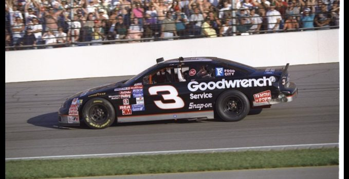 Former earnhardt crew chief david smith dies for Dave smith motors hours