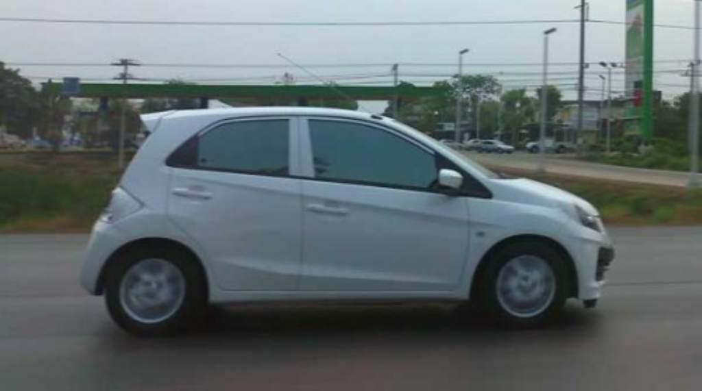 Tailandia : primeras imagenes del Honda Brio en la calle