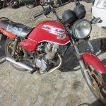 Leilão tem Honda CG 125 Titan vermelha por R$500,00
