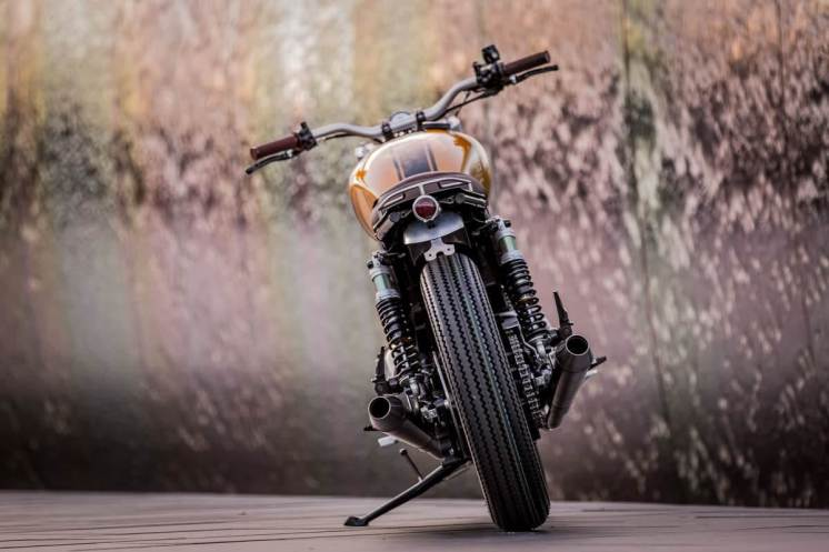 Triumph Thruxton by Down & Out Cafe RacersTriumph Thruxton by Down & Out Cafe Racers