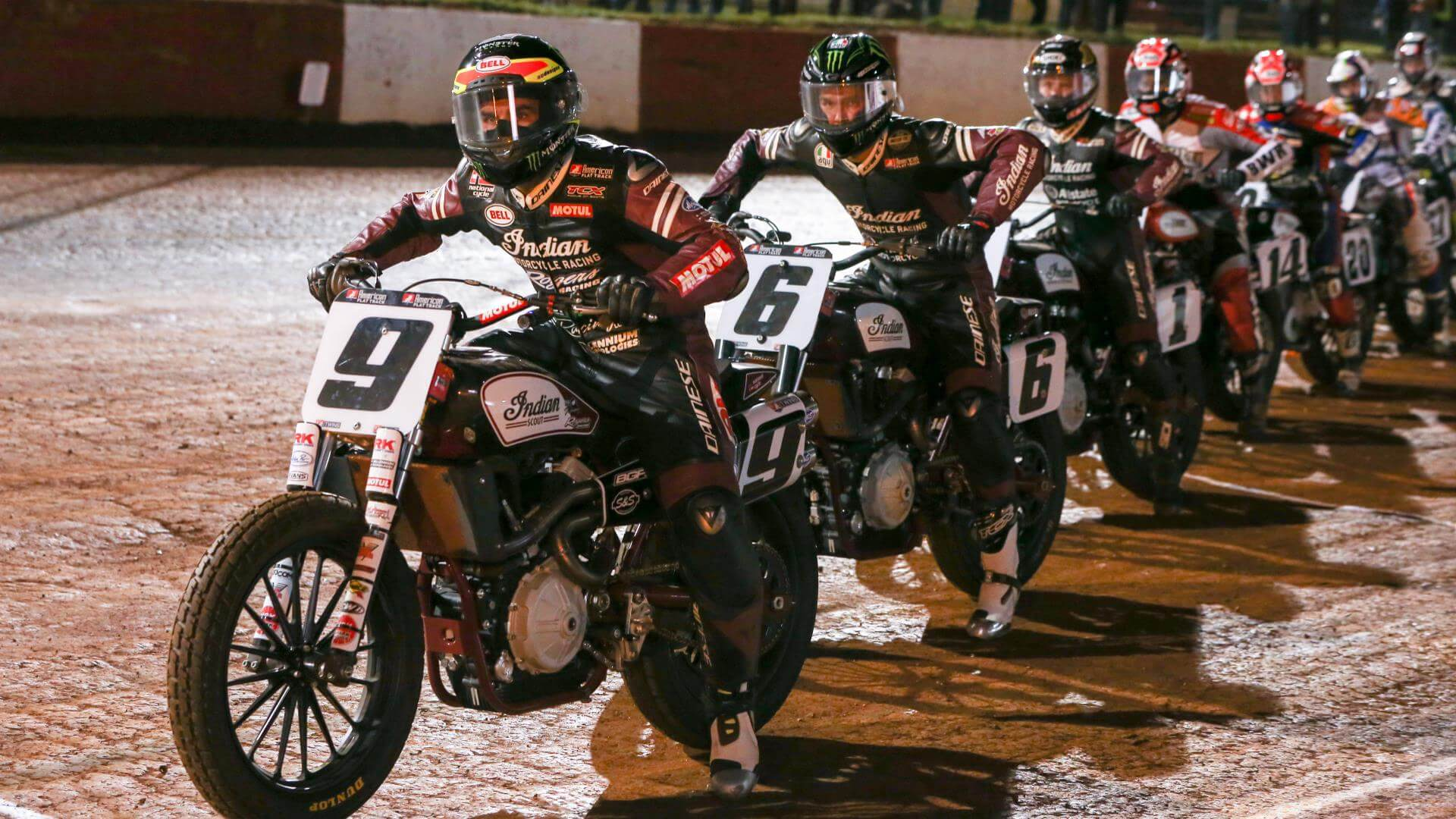 Indian Motorcycle Wrecking Crew : The Art of Flat Track