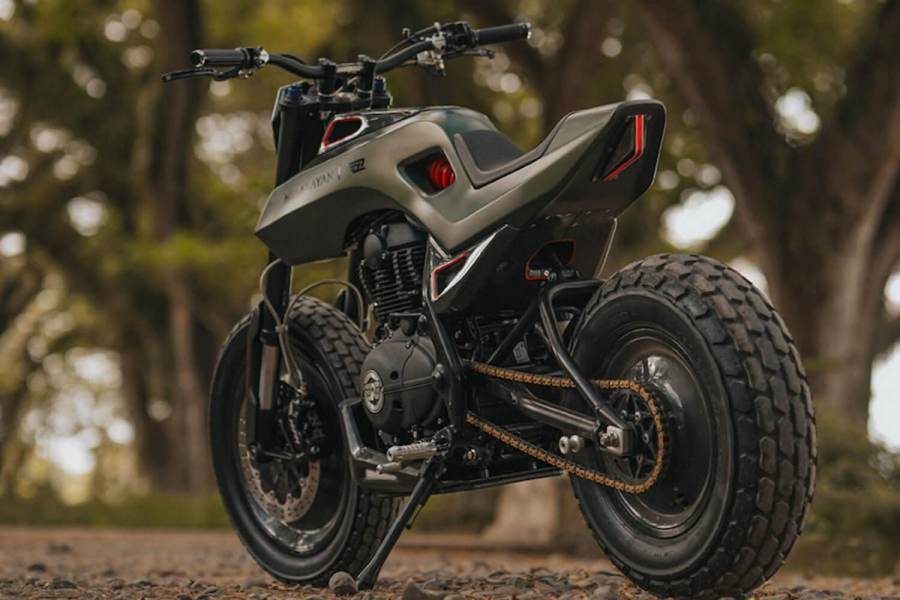 Royal Enfield Himalayan par Smoked Garage