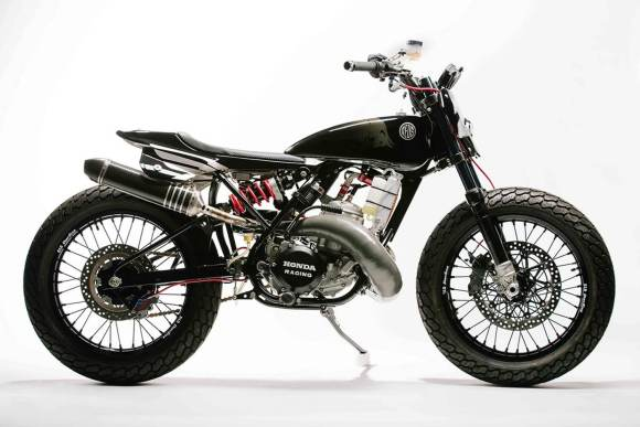 "Honda CR500 ""The Pedrosa Bike"" par Deus"