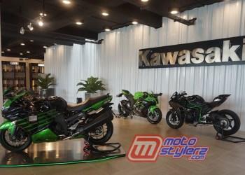 Zona Premium Bike-Menghadirkan Produk Kawasaki Big Bike