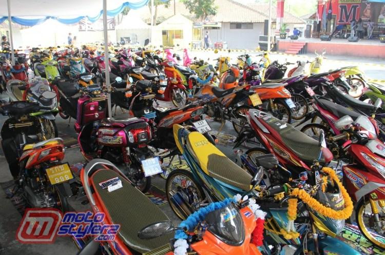 Motocontez by HMM Politeknik Sukabumi-Sukses Diserukan 90 Maskot Keren