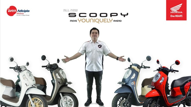 General Manager Motorcycle Sales, Marketing, & Logistic DAM, Lerri Gunawan Memperkenalkan All New Honda Scoopy ke Warga Jawa Barat Secara Virtual