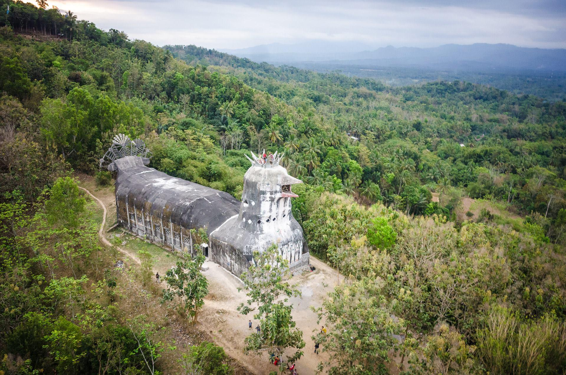 Den 11: S Trabanty v holubím chrámu nad Borobudurem