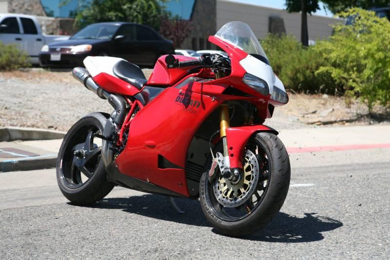 Motowheels Project Bike Ducati 996r