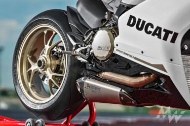 Ducati 1299 Panigale S Anniversario 2016 -24