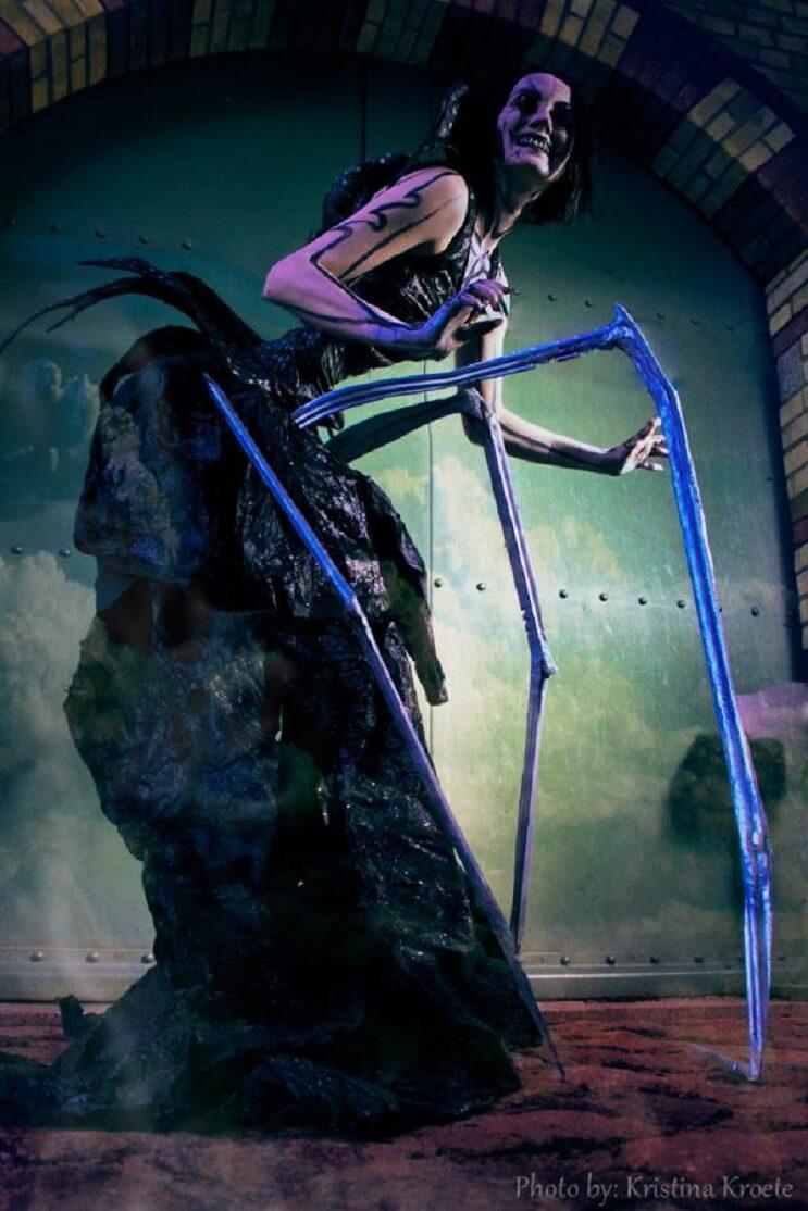La cosplayer más aterradora del mundo basada en la película Coraline 05
