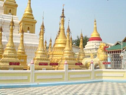 仏教の国、ミャンマー