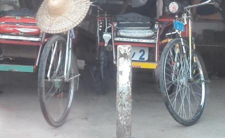 ミャンマー特別三輪車:サイカー