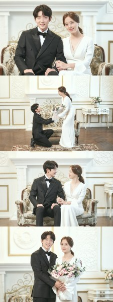 'The Flower of Evil' Lee Jun-ki and Moon Chae-won wedding photo released for the first time… A smile full of excitement