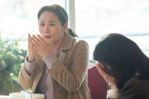 """'Three Sisters' Kim Sun-young """"I always about clothes, hair and shoes whenever acting"""""""