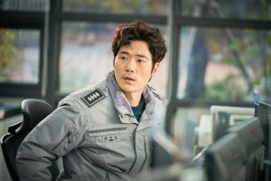 """'New Year's Eve' Kim Kang-woo """"I tried to emphasize the moment of a divorced man, rather than a detective"""""""