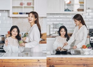 Jung Si-ah, filming an advertisement with her daughter...'I plant flowers, but flowers bloom'