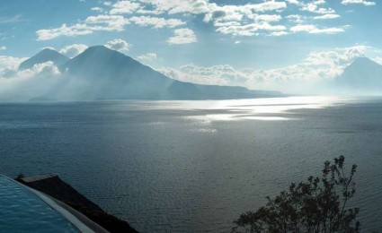 Lago-Atitlan-Guatemala