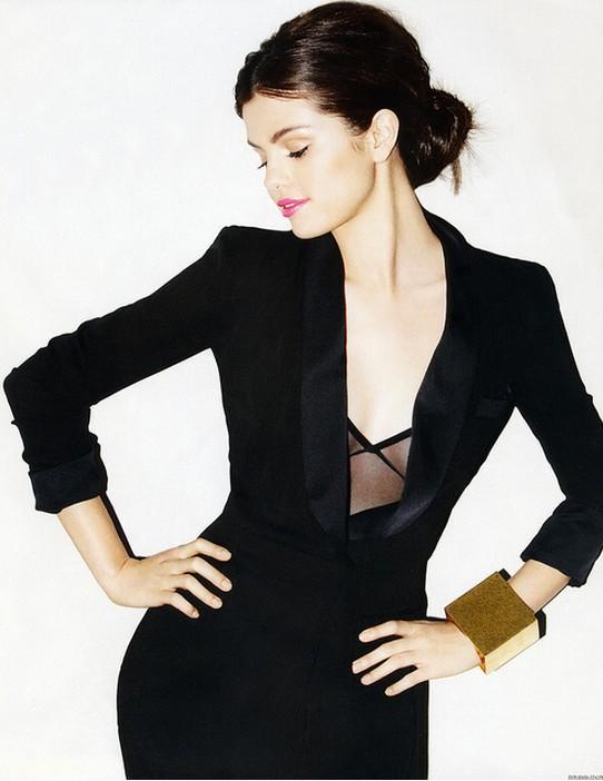 Selena Gómez - 08