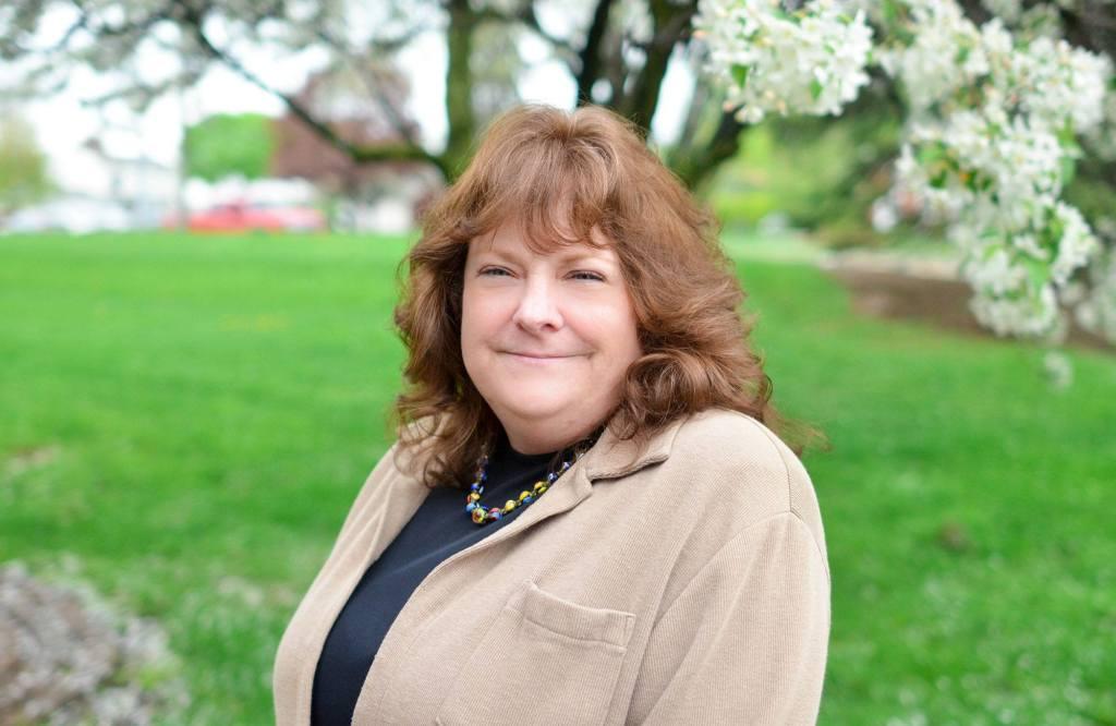 Maureen Genova, Patient Access Representative