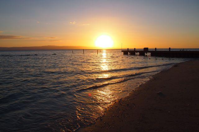 Cote-des-Arcadins-Sunset-640x426