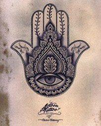 henna tattoo arab hand
