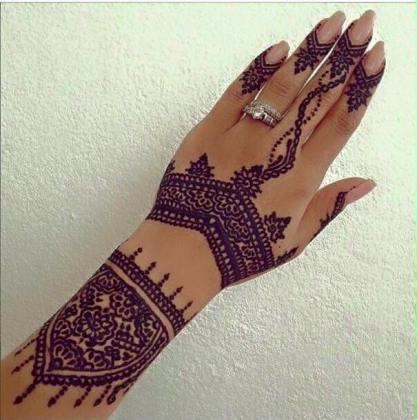 henna tattoo diamand