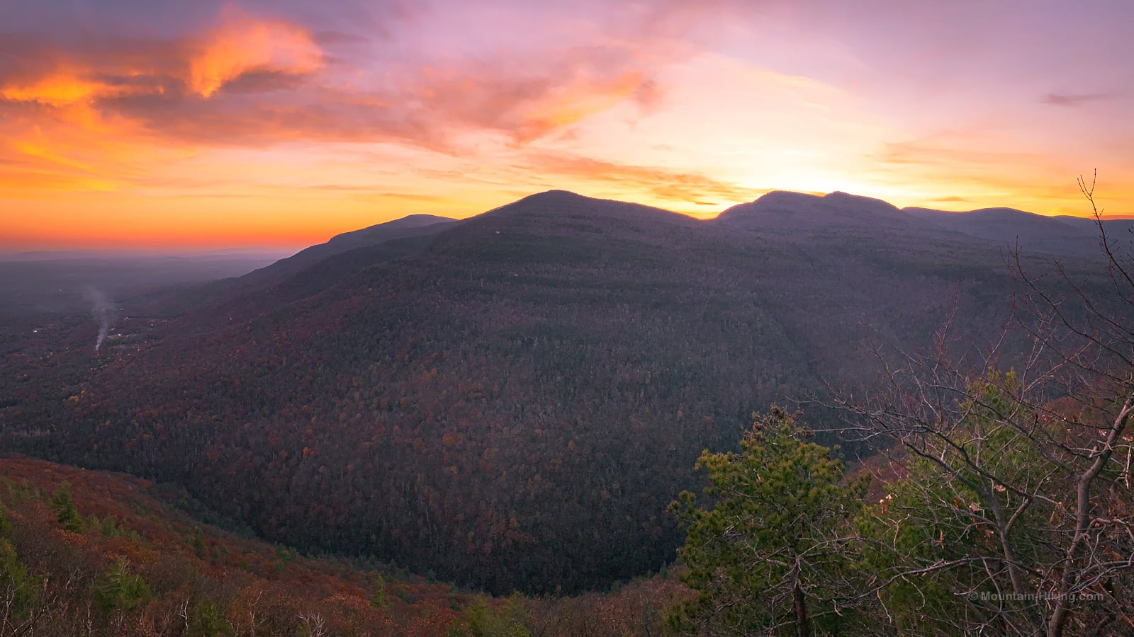 sunset over devil's path mountain summits