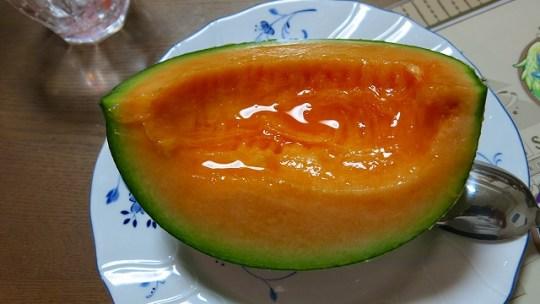 今度は熊本県産のクインシーメロンで涼を得る【食べるブログ】