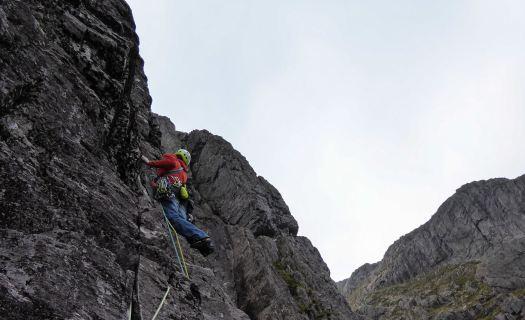 Rock Climbing - Bludgers Revelation, Slime Wall, Buachaille Etive Mor, Glen Coe