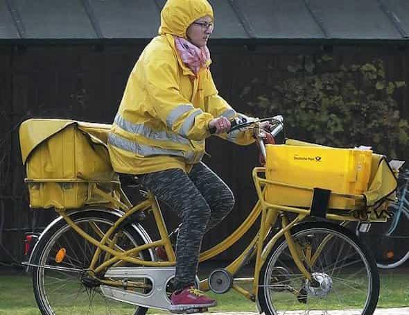 delivery biker