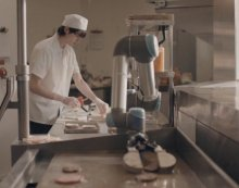 "Caliburger Unveils ""Flippy"" The Burger Flipping Robot"